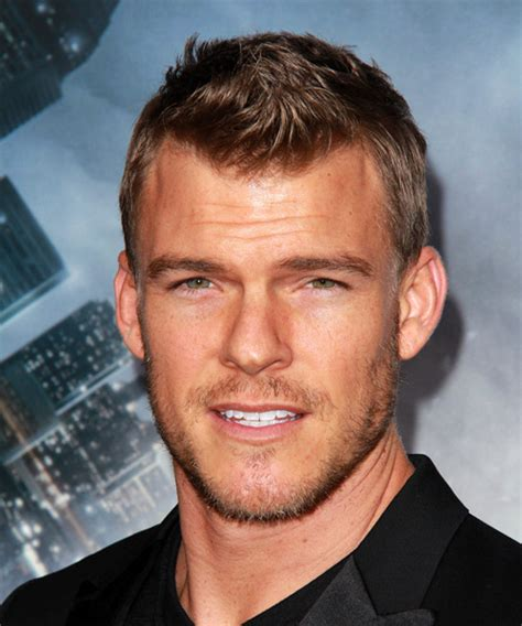 Alan Ritchson Hairstyles for 2018   Celebrity Hairstyles
