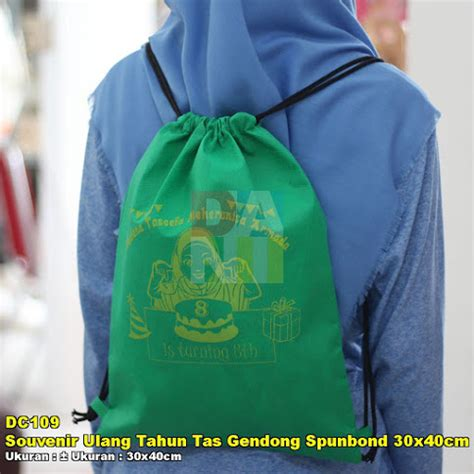 Kain Spunbond Tebal souvenir ulang tahun tas gendong spunbond 30x40cm tebal