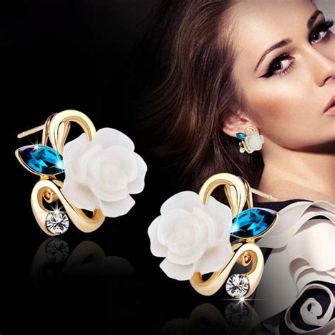 Korea Best Seller Rings Multielement Decorated Simple Design6pcs korean style flower earring jewelry with rhinestones