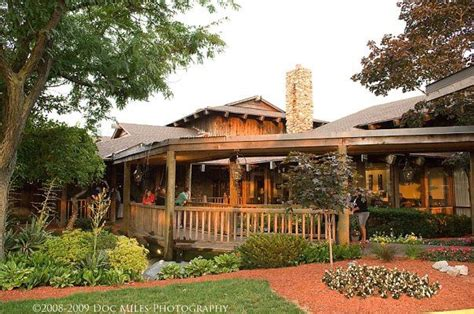 boathouse at confluence park 14 restaurants in ohio with the best patio seating