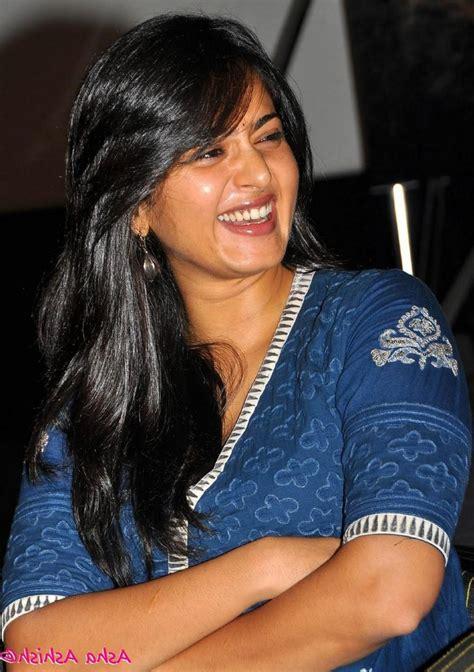 Anushka Shetty Wardrobe by Shamita Shetty Wardrobe Photos