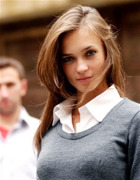 7 Model Rambut Yang Disukai Wanita by 7 Gaya Rambut Wanita Yang Disukai Pria