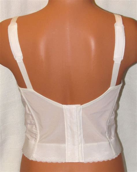 exquisite form 7532 white front hook wire free longline