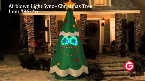 christmas tree light problems how to find blown bulb gemmy airblown 174 lightsync 86146 singing lightsync tree