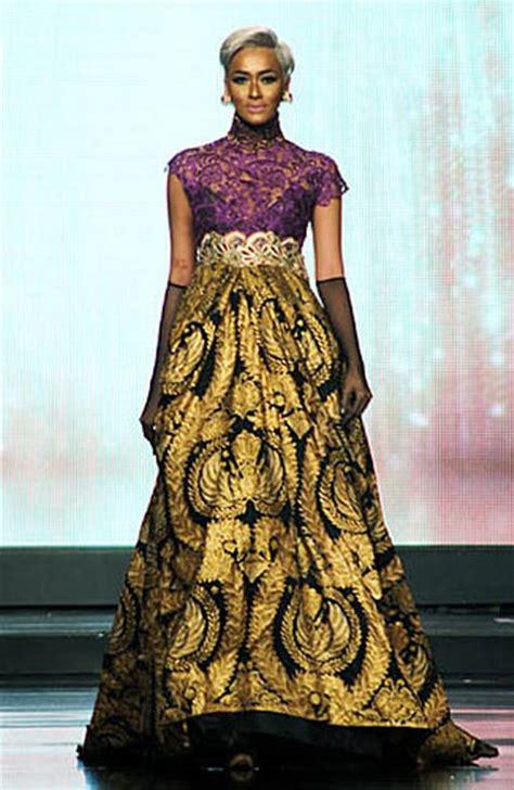 foto busana kebaya batik indonesia com 14 inspirasi desain kebaya modern kombinasi batik karya