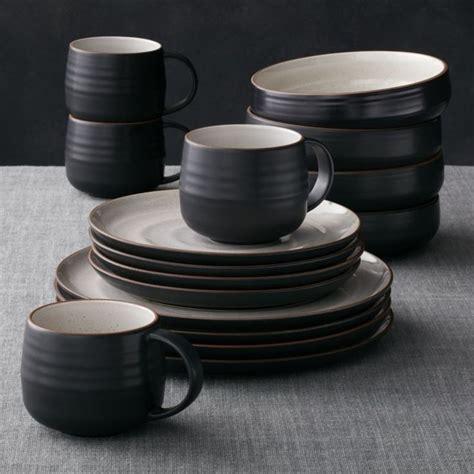 Design Geschirr Set by Best 25 Modern Dinnerware Sets Ideas On