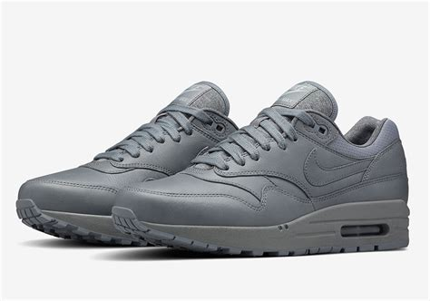 Nike Airmax One Black Grey the nike air max 1 collection grey whatarethose