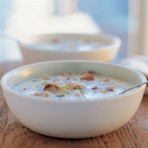 giada s pastina soup recipe a scrumptious winter warm giada clam chowder