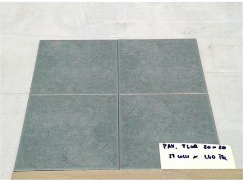 vendita stock piastrelle stock piastrelle ceramica 10x10 20x20 1 scelta