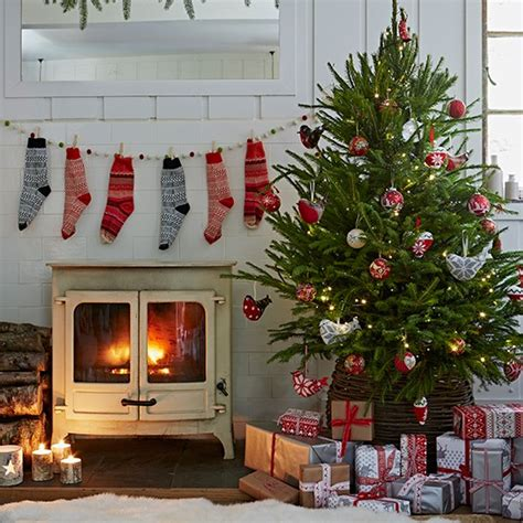 country homes and interiors christmas country christmas decorating ideas decorating housetohome co uk