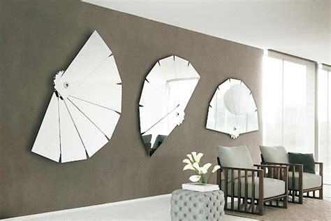 how to use mirrors to make rooms look larger - Mirrors Decoration On The Wall
