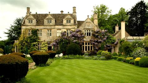 contemporary english country home in gloucestershire barnsley house gloucestershire england