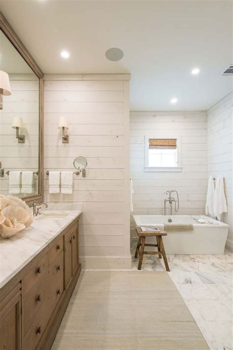 beachy bathrooms ideas 25 best ideas about coastal bathrooms on pinterest