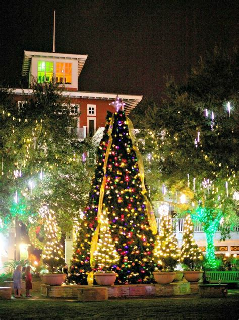 things to do with christmas lights days and nights of cheer in destin and fort walton