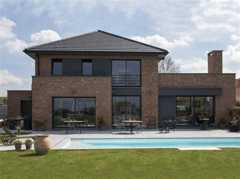 prix maison en brique une construction semi cubique en briques terre cuite du
