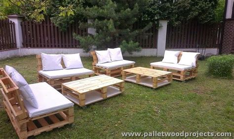 set de patio a vendre pallet garden furniture sets pallet wood projects
