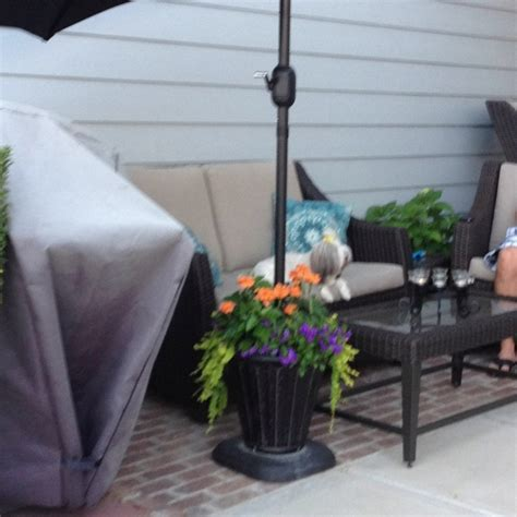 Diy Patio Umbrella Stand Pin By Knittel On For The Home