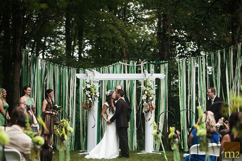 weddings in backyards dan trista s gorgeous country backyard wedding m2 photo