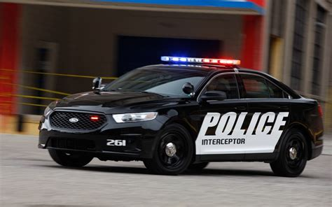 police car cop car news ford interceptor sedan adds 3 7l v 6 dodge