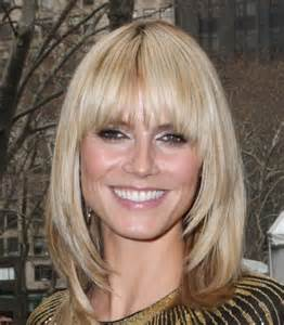 mid lengh hairstyles for 50 with fringe medium length hairstyles with fringe for fine hair