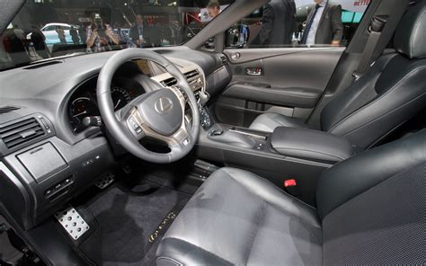 Lexus 450h Interior by 2013 Lexus Rx 350 And Rx 450h Look Photo Gallery