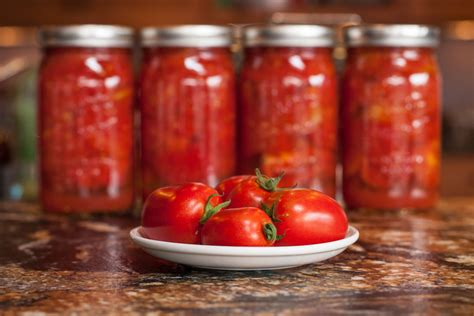 delectable musings canning tomatoes