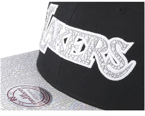 iridescent testo la lakers cracked iridescent black snapback mitchell