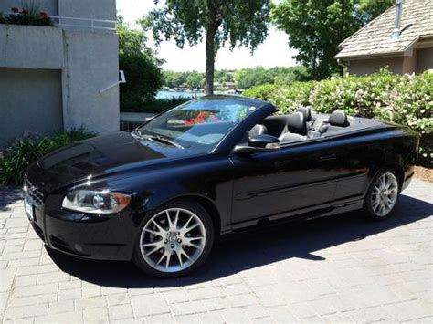 find   volvo   convertible  door   excelsior minnesota united states