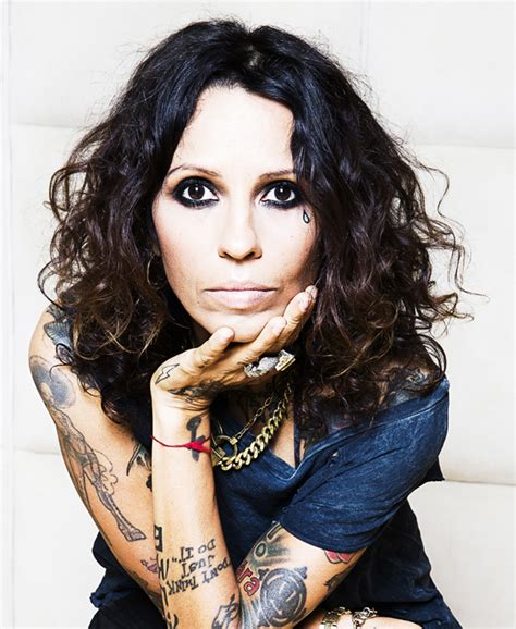 linda perry hit song linda perry songwriters hall of fame