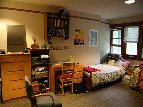 pictures of college rooms miscellaneous room ideas for storage