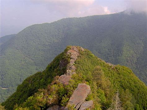 Smoky Mountain Countertops by 5 Great Mountains That Are Great For Exploring Trip