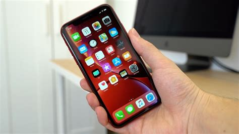 what haptic touch on the iphone xr do and how it differs from 3d touch on the iphone xs