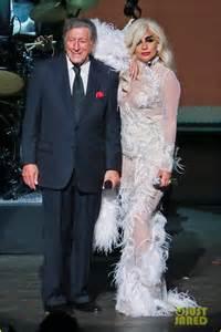 Vanity Fair Branson Lady Gaga Wears 7 On Stage For Cheek To Cheek