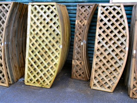 Curved Fence Top Trellis Trellis Fencing Abacus Fencing