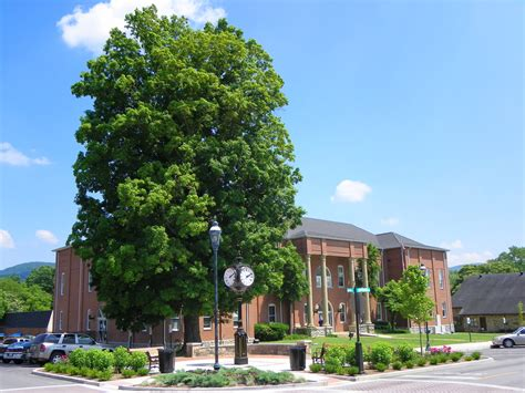 county courthouse tn datei bledsoe county courthouse pikeville tn jpg
