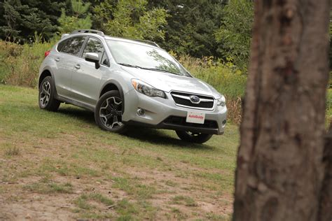 subaru xv 2015 review 2015 subaru xv crosstrek review autoguide news