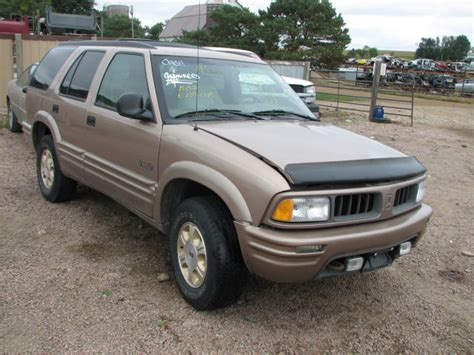 automotive repair manual 1997 oldsmobile bravada spare parts catalogs service manual 1997 oldsmobile bravada how to remove factory upper ball joints oem 1997