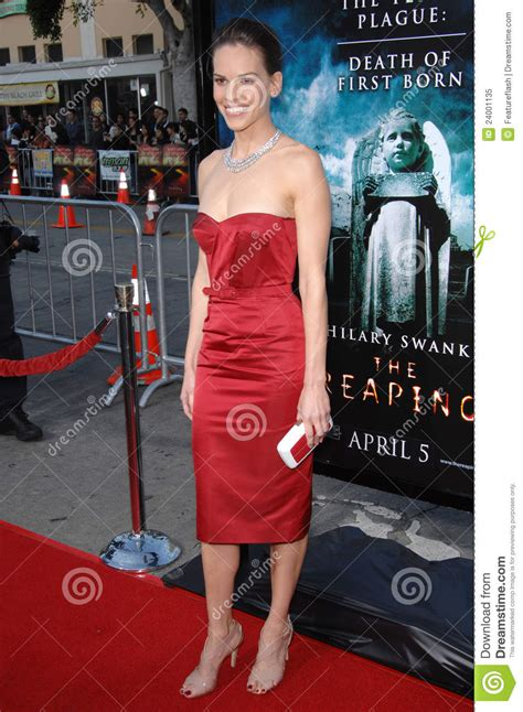 Hilary Makes A Reaping Premiere by Hilary Swank Editorial Image Image 24001135
