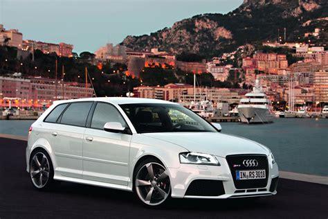 audi rs sportback picture  car review