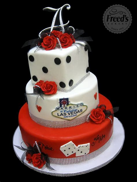 vegas themed cake decorations 25 best ideas about vegas theme on casino