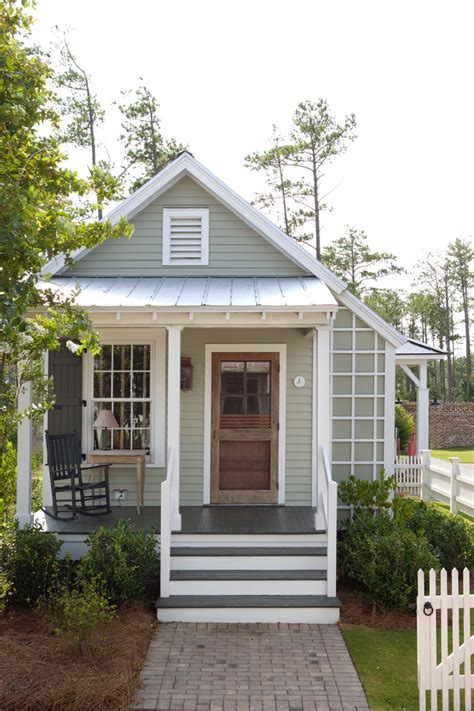 small cottage house exterior color country cottage exterior cabin house plans covered