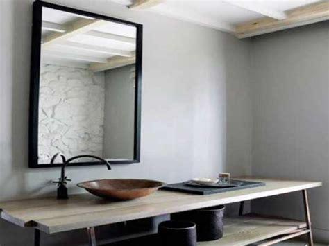 Formidable Idee Deco Pour Salle De Bain #1: salle-de-bain-zen-avec-plan-vasque-en-bois-naturel1.jpg
