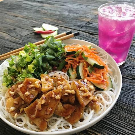 Tin Drum Asian Kitchen Menu by Tin Drum Asian Kitchen Celebrates Season With Debut Of
