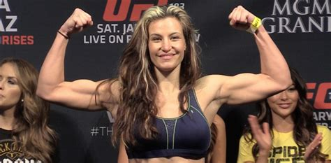 tate ufc wardrobe malfunction ufc 183 results miesha tate survives early scare to