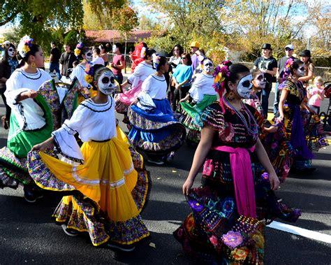 traditions of dia de los muertos dia de los muertos ancient festival alive in tx