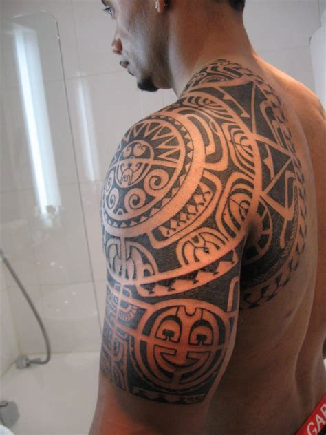 polynesian shoulder tattoo 59 awesome hawaiian shoulder designs