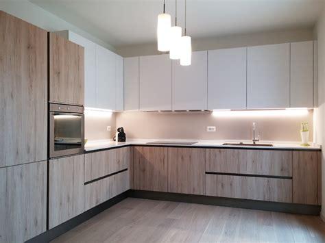 cucina bianco opaco cucina rovere nodato e bianco opaco arredamenti barin