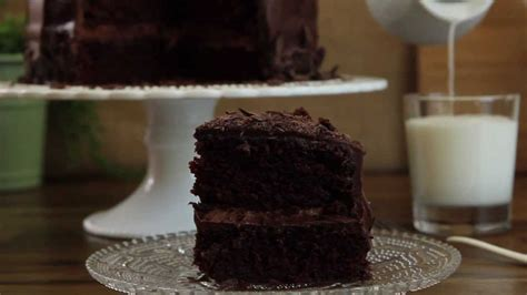 a really easy mayonnaise chocolate cake recipe