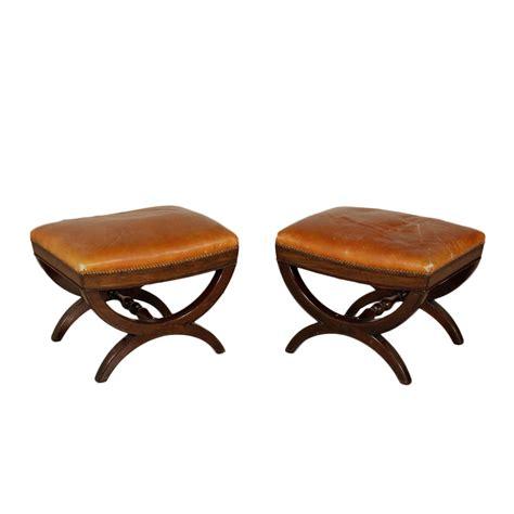 coppia sgabelli coppia di sgabelli vittoriani mobili in stile bottega