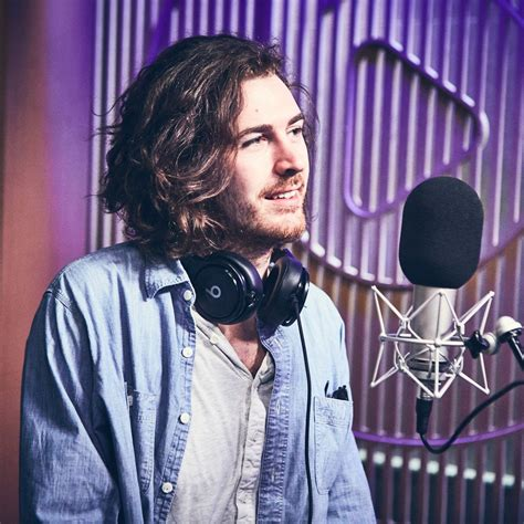 hozier q and a hozier s guitars hozier news and information for fans